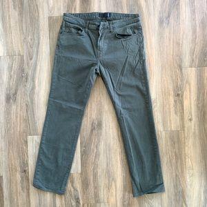 36x31 NWOT J Brand Kane LT Army Pants